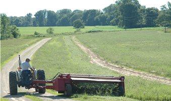 0314-Preparing-for-Hay-Season-DSC_0897