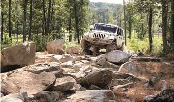 1_General_Tire_Grabber_X3_SRL_Jeep_Rock
