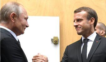 3-Putin-Macron_2