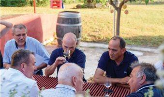 Συμφωνία κυρίων για χάρη του ελληνικού οίνου