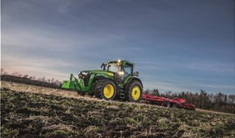 8R_Tractor_r2g007348