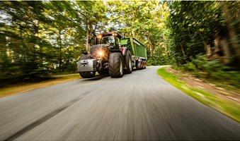 Tractor-driver-health-risks-1600x900