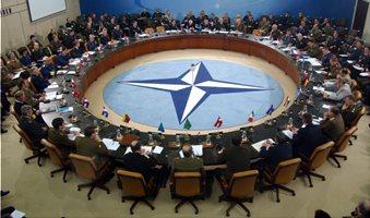 Μπαράζ επαφών Τσίπρα στη Σύνοδο Κορυφής του ΝΑΤΟ