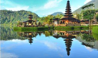 taxidi-mpali-indonisia-vmi-travel-1510x1000