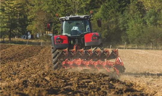 MF8735S_GregoireBesson-7FPlough_FR_0917-8515_140974