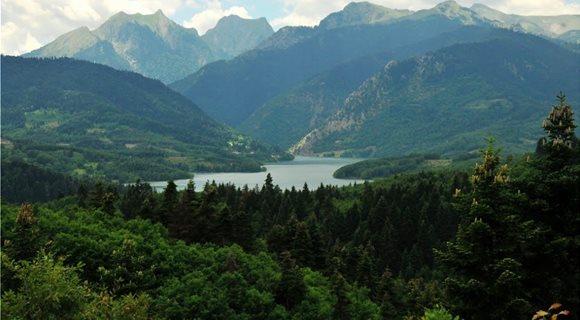 λιμνη_αγραφα