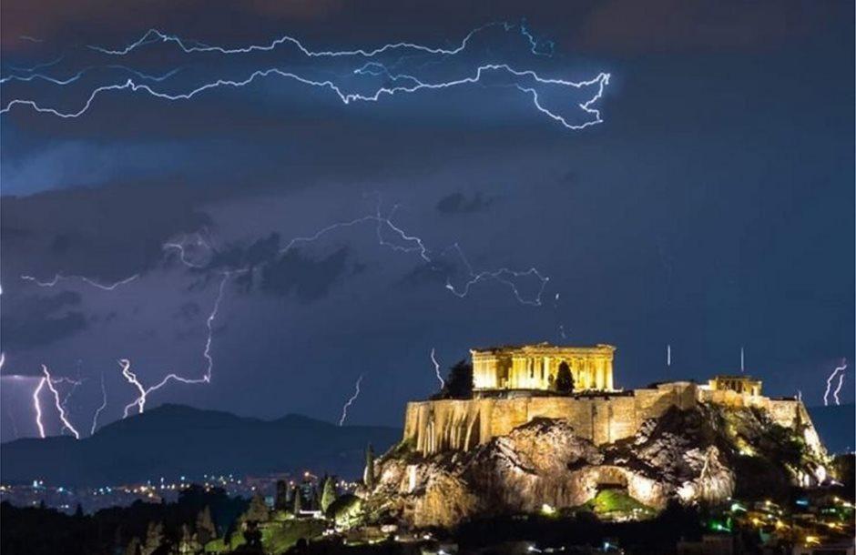 Αθηνα-αστραπες-sagiakosdimitris-Forecast-Weather-Greece-741x486