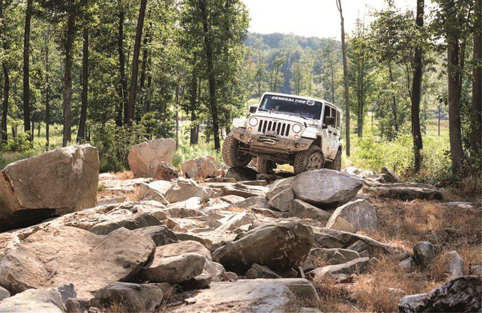 1_General_Tire_Grabber_X3_SRL_Jeep_Rock
