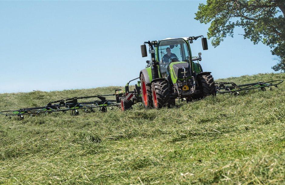2002-fendt_grassland_machinery-1000x624