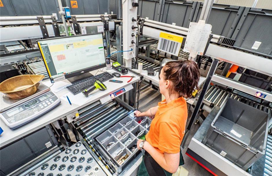 Amazone_GPC_Leeden_Arbeitsplatz
