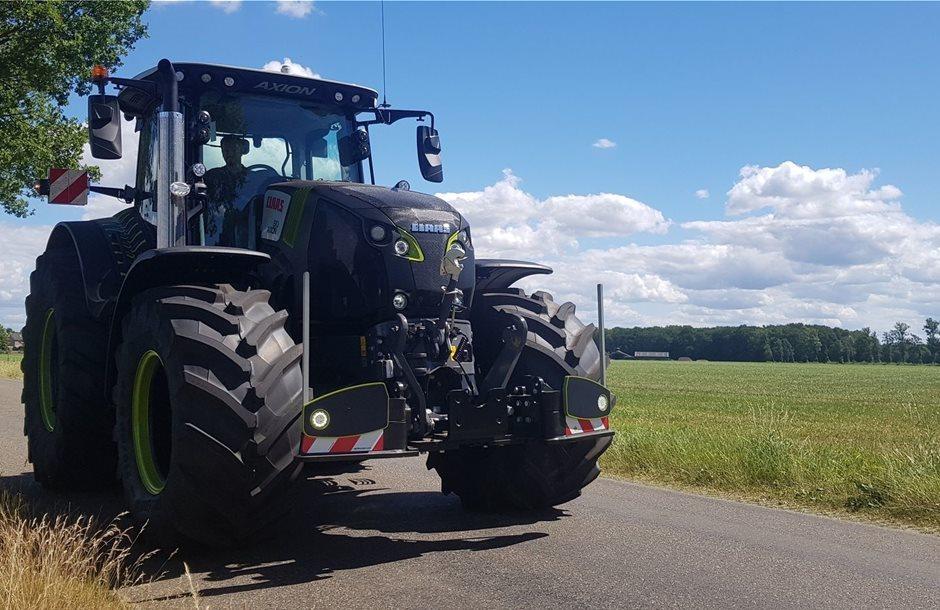 Claas-Axion-850-black-edition-Agribumper-Frontgewicht-tractorbumper-trekkerbumper-unterfahrschutz-kamps-de-wild-100-3_2