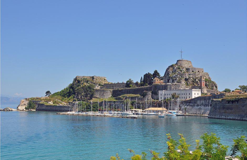 Corfu_Old_Fortress_R02