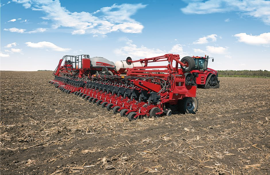 Early_Riser_Planter_2160_and_Steiger_500_0493_01-16