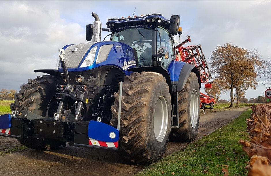 New-Holland-t7315-Blue-Power-AGRIbumper-WL1200-Intrak-mts-Roost-Hunsel-1