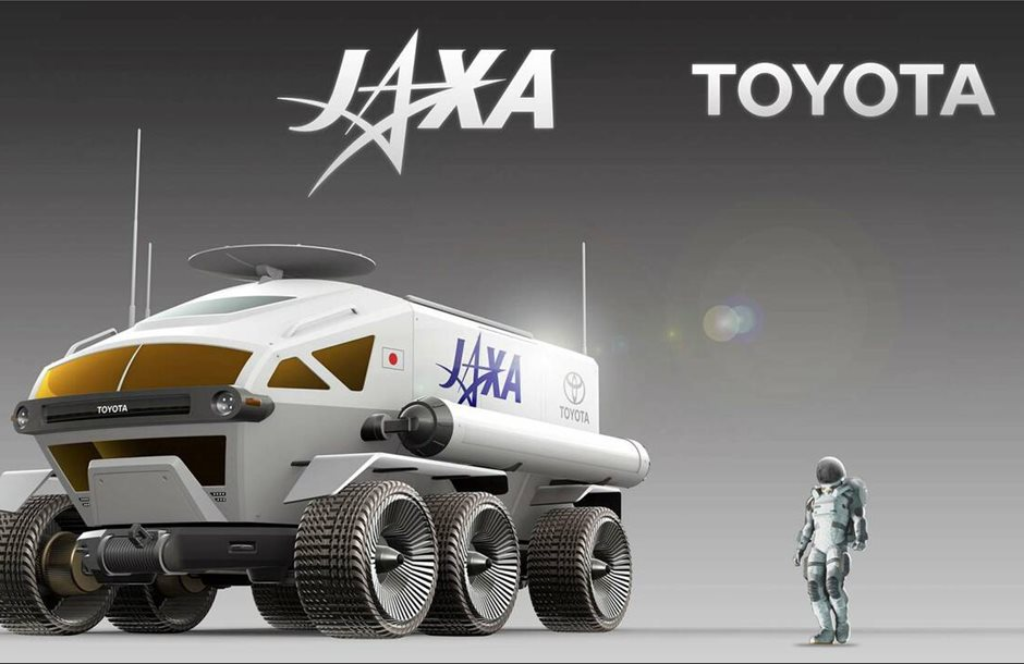 TOYOTA-LUNA-ROVER-1