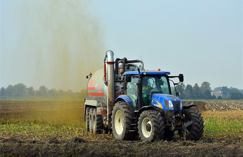 agriculture-tractor-botte-manure-tractors-rural_2