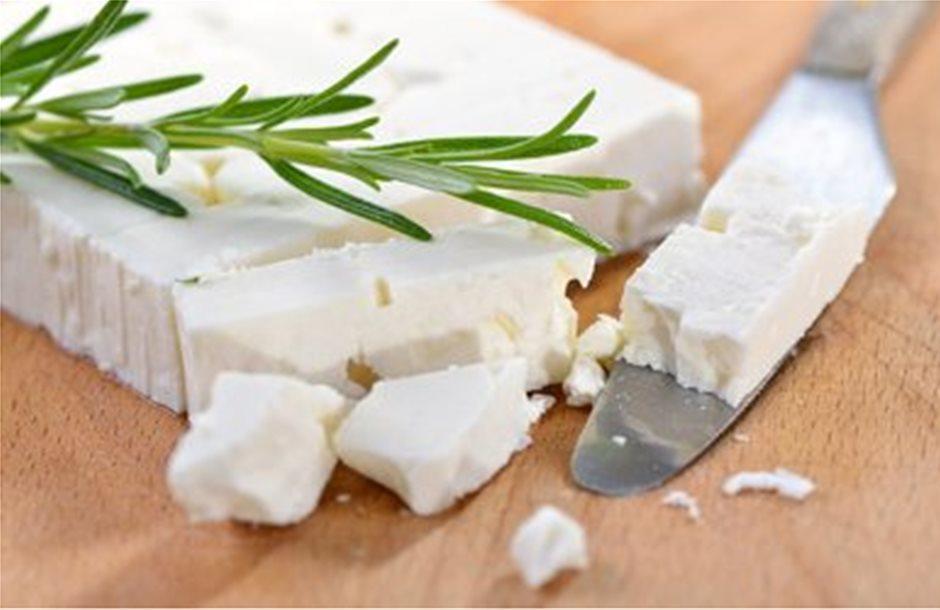 Ελληνική φέτα εναντίον τυριού Ουισκόνσιν των ΗΠΑ