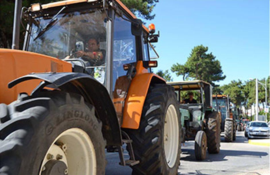 Μπλόκο αγροτών σε διέλευση φορτηγών από το τελωνείο Κήπων στον Έβρο