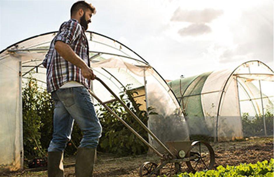 Ξεμπλοκάρει η β' δόση για τους Νέους Αγρότες του 2014