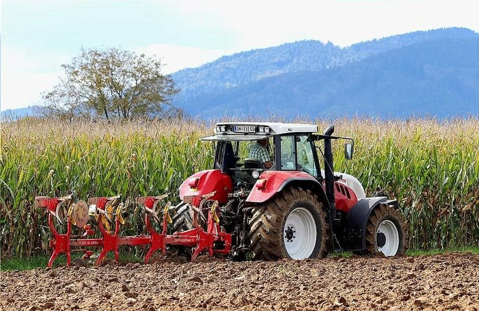 plow-tractor-arable-land-earth-agriculture-plough-arable-corn-steyr_2