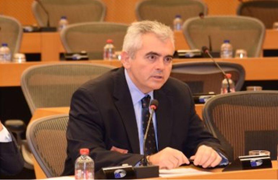 Χαρακόπουλος:Ανεκμετάλλευτα τα 3,1 εκατ. ευρώ για διανομή φρούτων στα σχολεία