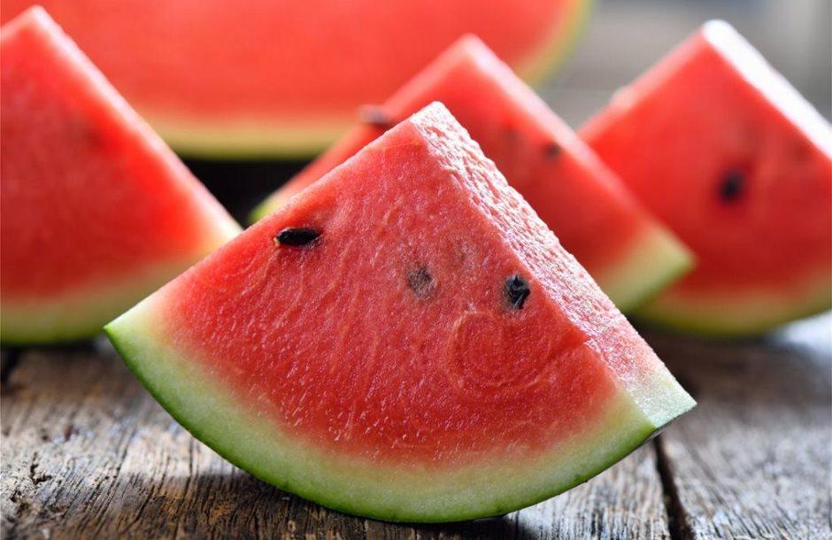 watermelon-slices-to-represent-allergy-1024x745
